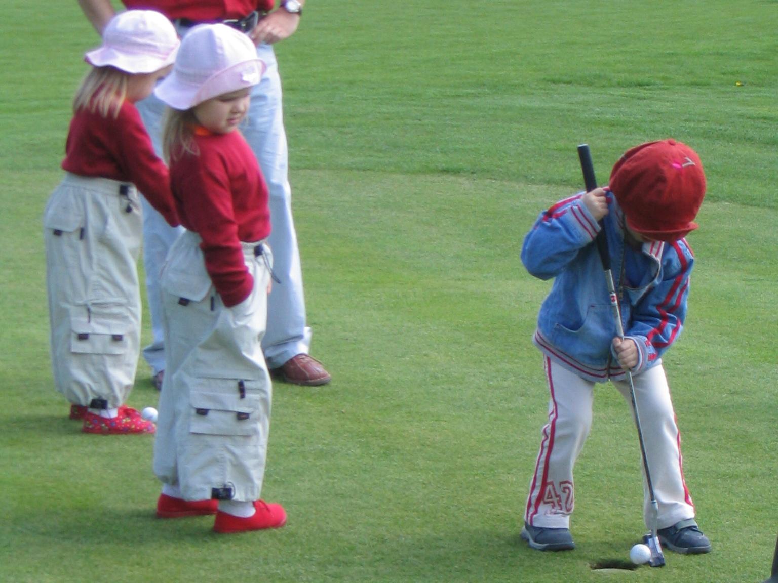 Małe golfistki